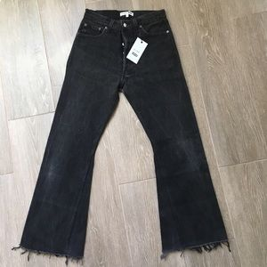 —Sold thru PP— BNWT Re/Done Levi's Leandra Black